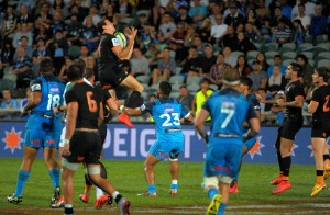 Action from the Super Rugby match between the Blues and Jaguares at North Harbour Stadium, Albany, Auckland, New Zealand on Saturday, 2 April 2016. Photo: Dave Lintott / lintottphoto.co.nz